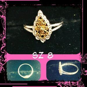 Jewelry - 🆕💍 Sz 8 NWOT